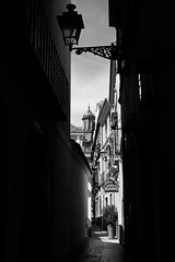 Alleyway (Samir Rorless) Tags: sony a6000 pentax smc takumar 28mm f35 andalusia sevilla