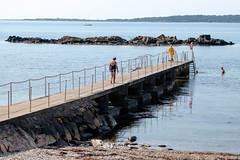 Public Bath (Hkan Dahlstrm) Tags: sea people photography se pier skne bath village sweden bad cropped f40 2015 torekov havsbad skneln bjrehalvn bjre xe2 xf1855mmf284rlmois bstadv sek 8520082015153436