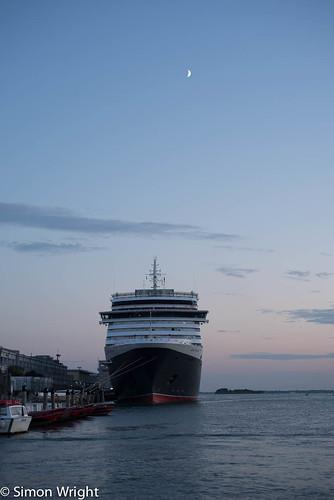 Cunard Queen Victoria ~ 8185