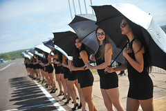 Promotoras - Fábio Davini (mercedesbenzchallenge) Tags: mercedesbenz corrida campogrande 2015 mercedesbenzchallenge