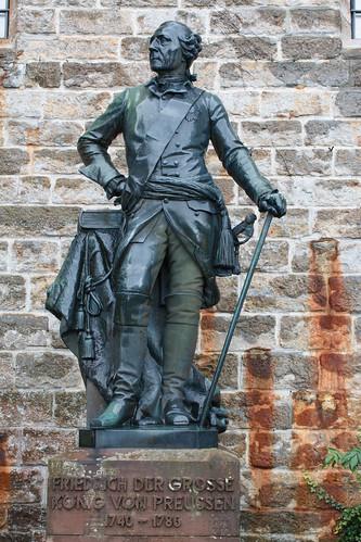 Statue de Frédéric II de Prusse (1740-1786) au château de Hohenzollern