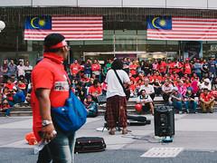 a piece of Malaysia (SuzailanJai) Tags: streetlife colorsoflife colorsofmalaysia facesofasian streetofmalaysia peopleofthestreet fotojalanan streetofkualalumpur suzailanjai warnawarnamalaysia omdem5 mzd1718 omdem5mzd1718 wajahjalanan apieceofmalaysia