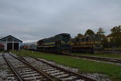 Maribor (snoeziesterre) Tags: nvbs locomotief rangeerterrein depot maribor sloveni loc diesel dieselloc sz 120 022