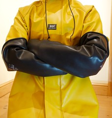 Satisfactory Protection (essex_mud_explorer) Tags: hellyhansen nusfjord ochre yellow rainwear raincoat rainjacket gloves gauntlets marigold marigoldemperor me107 rubber