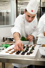 Pasticceria mignon (scuolatessieri) Tags: cioccolato mignon pasticceria menta monoporzioni scuolatessieri