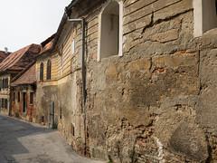 The old streets of Ptuj (Harry -[ The Travel ]- Marmot) Tags: travel reis reizen traveling reisen sne nvbs sloveni slovenia ptuj allrightsreservedcontactmebyflickrmail city urban roman romeins street straat straatje