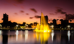DSC_0060 (euricoam) Tags: lagoa joopessoa paraiba brasil chafariz chafaris fonteluminosa fonte longaexposio sunset longexposure fountain lightsource brazil water light pink pinksky