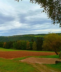 HERBST UM SCHRAMBERG (ehbub@yahoo.de) Tags: schwarzwald nadelbume laubbume acker wise felder berge tler herbst