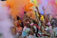 Holi run (valérylamoure) Tags: joie fete festif manifestations