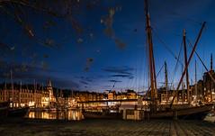 _ABC1403-1 (o.penet) Tags: automne automn nights nuits nikon lastones clouds nuages