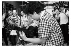 Damián Salazar (Alejandro Vaccarili) Tags: guitarra guitarrista streetmusic damian salazar art street florida calle musica guitar