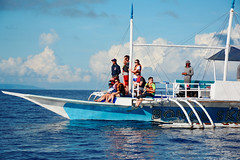 Looking for Dolphins (free3yourmind) Tags: ocean sea boat looking philippines tourists dolphins bohol