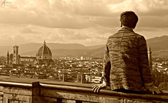 Florence memories (eleonora.altomare) Tags: italy panorama man beautiful clouds japanese florence italia memories chinese samsung nostalgia firenze belvedere duomo michelangelo piazzale paesaggio suggestive cattedrale santamariadelfiore