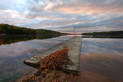 Autumn mood (jarnasen) Tags: sky lake nature leaves clouds reflections landscape still mood fuji sweden outdoor jetty tripod natur wide atmosphere wideangle calm sverige fujinon hdr landskap 10mm stergtland photomatix xt1 hulta jrnlunden fujifilmxt1 xf1024mmf4