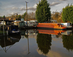 Canal at Croughton. (Lee1885) Tags: water reflections boats canal cheshire chester bwb ellesmereport shropshireunion