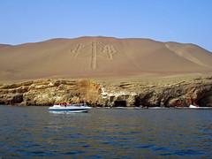 The Andean Candlestick, Bay of Pisco, Peru 2004 (Inti Runa) Tags: peru pisco candlabre cordillredesandes