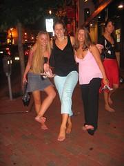 411735288IaTmDQ_fs (Zappacity) Tags: street girls cute women nightout barefoot soles uncomfortableshoes