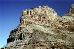 34-678 (ndpa / s. lundeen, archivist) Tags: nick dewolf nickdewolf color photographbynickdewolf 1970s 1973 film 35mm 34 reel34 arizona northernarizona southwesternunitedstates grandcanyon coloradoriver raftingtrip raftingexpedition mountains canyonwalls rock rocks rocky terrain landscape scratch scratches scratched sky bluesky 1972