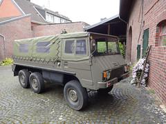 Puch Pinzgauer (Vehicle Tim) Tags: puch pinzgauer 6x6 lkw truck fahrzeug armee army military militr bundesheer allrad