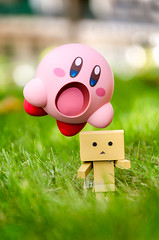 Run away, little danboard! (Alix Real) Tags: nendoroid nendo kirby hoshi no gsc goodsmile good smile company cupoche nintendo yotsuba danbo danboard bokeh kawaii videogame