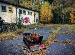 """care to sit?""   Vogelsang, Brandenburg (Andr-DD) Tags: brandenburg germany deutschland vogelsang lost place places verlassen verfall old alt urbex urban exploring haus house lostplaces empty leer graffiti sofa couch"