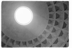 A stroll in Rome - IV (davidgarciadorado) Tags: olympus35sp panteon rome concrete dome cupole light architecture olympussp kodaktmax100 blackwhite film ngc
