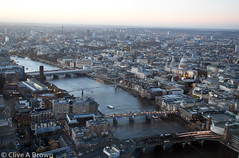 DSC_0864w (Sou'wester) Tags: london theshard view panorama landmarks city cityscape architecture stpaulscathedral toweroflondon towerbridge canarywharf londoneye bttower buckinghampalace housesofparliament bigben
