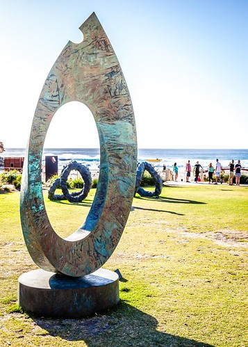 Sculptures By The Sea-131