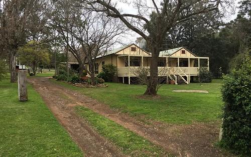 80 River Road, Tahmoor NSW 2573