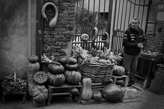 well done (marcobertarelli) Tags: bw portrait detail market fruit contrast shadow monochrome monochromatic vintage street photography life time