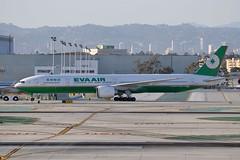 B-16717  LAX (airlines470) Tags: airport eva msn lax airways 777 ln 777300 863 77735e 32644 b16717