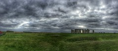 Stonehenge thunder clouds 2 (Rob Jukes) Tags: clouds standing stones stonehenge wiltshire