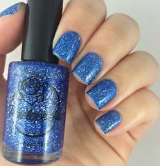 Winter Storm (Francinie Helvadjian) Tags: blue glitter nails nailpolish winterstorm esmalte penlopeluz