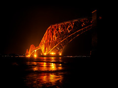 forth bridge at night III-280851 (E.........'s Diary) Tags: eddie rossolympusomdem5markiiscotlanddecember2015for rossolympusomdem5markiiscotlanddecember2015forthbridge