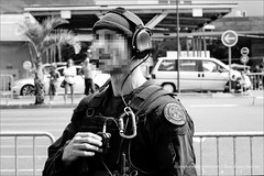 Rencontre Sécurité 2016 (stef974run) Tags: gign gipn fipn gendarmerie écureuil b2 ec145 airbus hélicoptère tireur observateur ghillie police policier gendarme fastrope balistique cagoule général préfet g36 hk417 protection vbrg 2èmerpima msa glock bommert