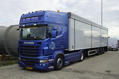 Scania R480 M. van Wees Nistelrode met kenteken BX-ZF-52 in Oss 08-10-2016 (marcelwijers) Tags: scania r480 m van wees nistelrode met kenteken bxzf52 oss 08102016 truck vrachtwagen vrachtauto camion lkw niederlande nederland netherlands noord brabant