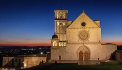La Basilica Superiore di Assisi (cesco.pb) Tags: assisi basilicadisfrancesco umbria italia italy canon canoneos60d tamronsp1750mmf28xrdiiivcld fotografianotturna longexposure