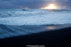 _MG_3088 (photography.lenaa) Tags: blacksandbeach beach stone black water sea ocean blue sun iceland
