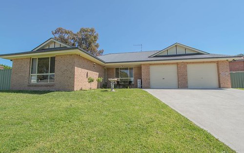 6 Noble Place, Kelso NSW 2795
