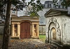 Secret Grabgruft Alter Friedhof Greifswald (Frank-2.0) Tags: dsc07380 secret geheim geheime nastassja kinski edgar wallice krimi tot grab friedhof