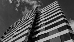 Moderne Architektur / Modern architecture (ludwigrudolf232) Tags: gebäude architektur einfarbig