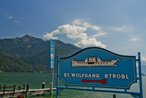 Wolfgangsee ferry