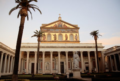 San Paolo fuori le Mura (CA_Rotwang) Tags: kirche rom church paulus mrtyrer martyr roma rome italy italien italia pope papst altar reliqiue