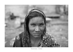 India Portrait - Varanasi (Vincent Karcher) Tags: asia india varanasi vincentkarcherphotography art beauty blackandwhite culture documentary human noiretblanc people portrait project reportage rue street travel voyage world femme woman