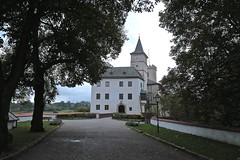 Entrance ~ Rožmberk Castle 02 (smilla4) Tags: entrance czechrepublic paintedfacade rozmberkcastle rozmberknadvltavou