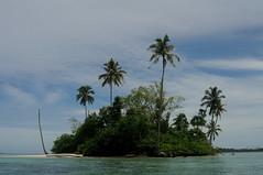 The tiny island 2 ( V ) Tags: ocean sea beach nature sumatra indonesia sand asia southeastasia aceh sziget pulau sumatera singkil banyak indonzia tailana szumtra
