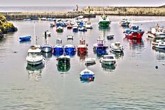 nadie va a pararme (rosalgorri1) Tags: costa luz puerto mar asturias colores barcas pesca veleros tapia atraque