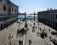 Venezia - Piazza San Marco (Martin M. Miles) Tags: venice italy venezia piazzasanmarco sangiorgiomaggiore veneto wingedlion venetien pallazzoducale sainttheodore
