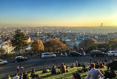 Paris - Butte de Montmartre - 1er novembre 2015 (y.caradec) Tags: paris france automne europe ledefrance 1st montmartre 1er 2015 november1st beautemps buttedemontmartre paris18earrondissement iphone6s iphone6splus shotoniphone6splus november1st2015 1ernovembre2015
