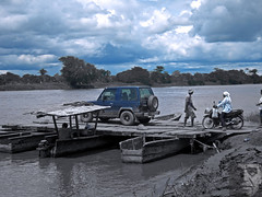 Vehicles leaving Mompox